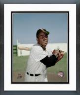 Chicago White Sox Minnie Minoso Posed Framed Photo
