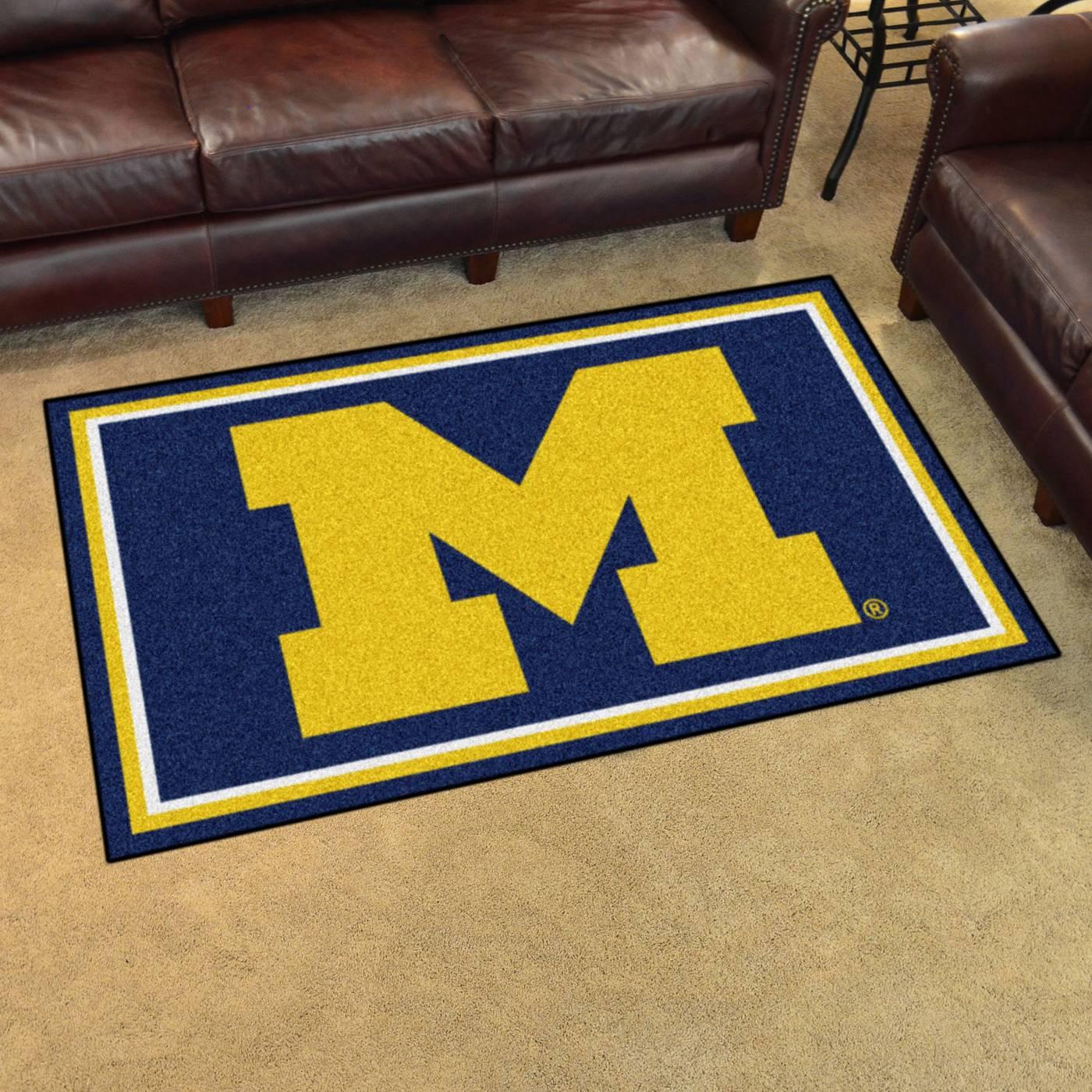 Michigan Wolverines 4 X 6 Area Rug