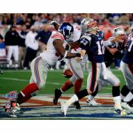 "New York Giants Justin Tuck Super Bowl XXLII Forcing Fumble vs. Brady Signed 16"" x 20"" Photo"