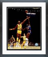 New York Knicks Willis Reed 1973 Action Framed Photo