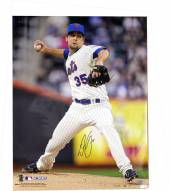 """New York Mets Dillon Gee Pitching Signed 16"""" x 20"""" Photo"""