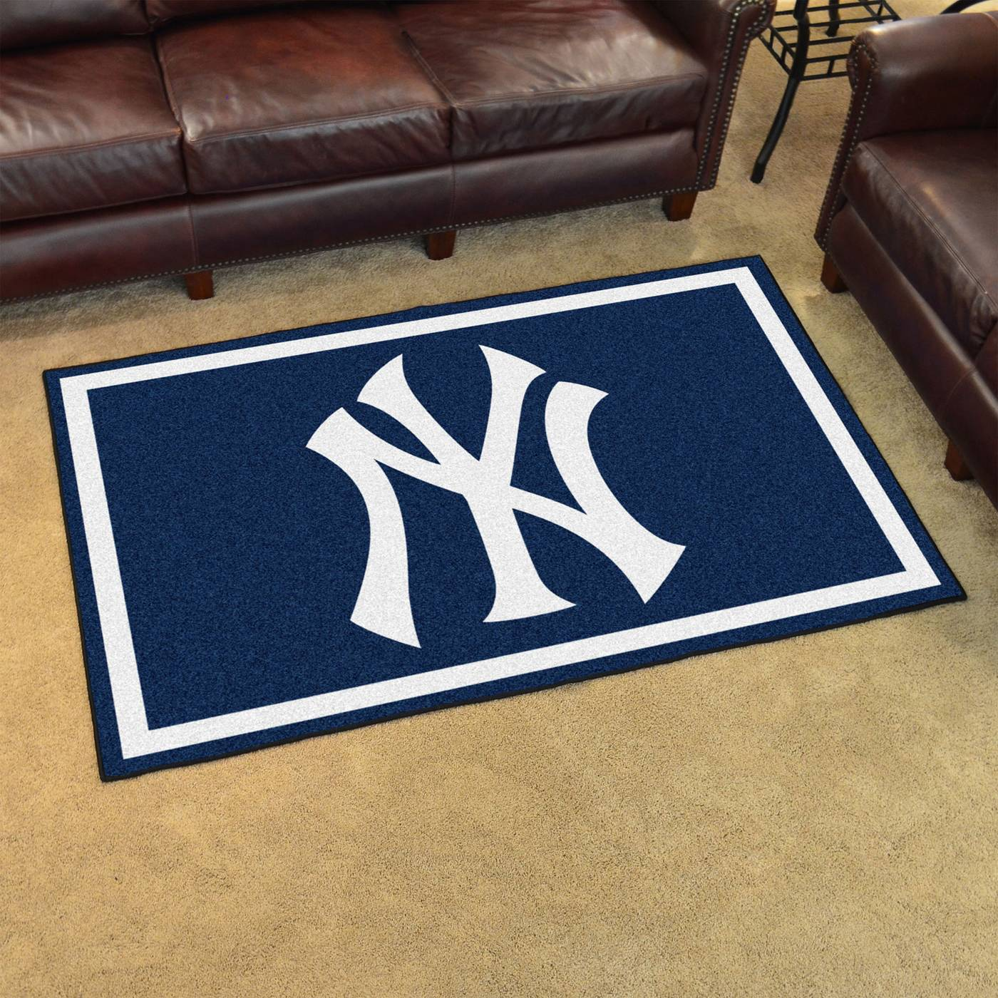 New york yankees 4 39 x 6 39 area rug for Area rugs new york