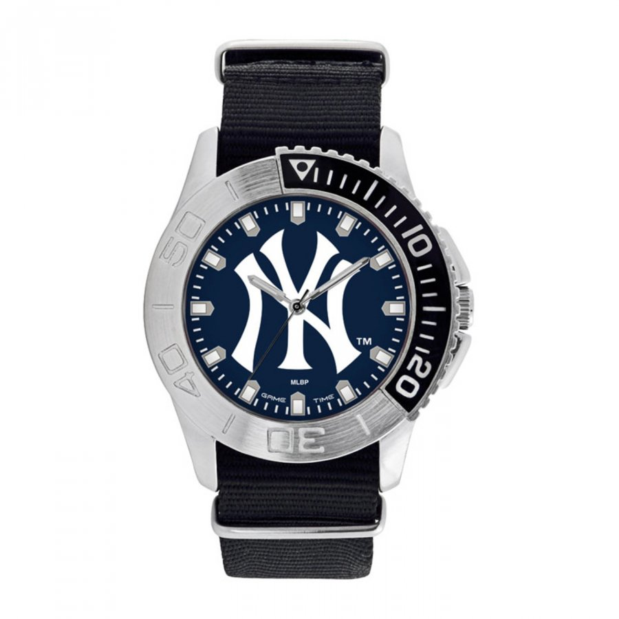 New York Yankees Men's Starter Watch